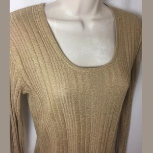 New Chico's Sz 0 Gold Shimmer Knit Top